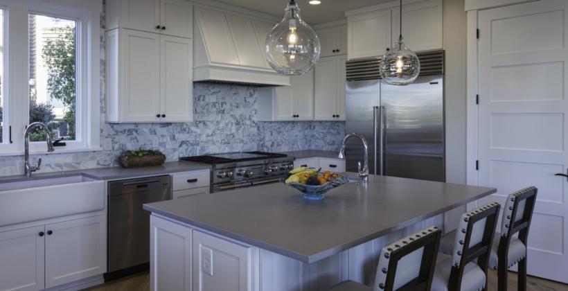 Kitchen2-Light-House-on-Puget-Sound-820x420.jpg